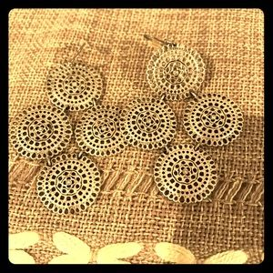 Stella and dot Medina earrings